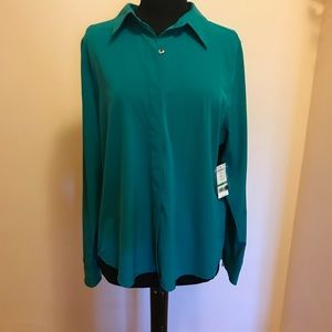 NWT Averly Teal Button Down top